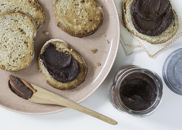 chocolate-hazelnut-spread