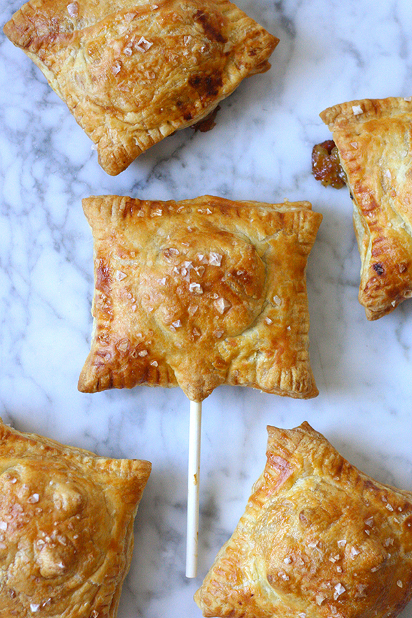 Cranberry_Brie_Puff_Pastries_E-600