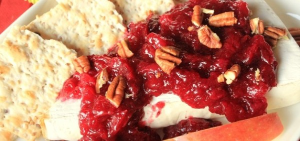 Warmed-Brie-with-a-Cranberry-Pear-Ginger-Sauce-IMG_9138_E_sm-720x340